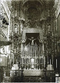 65.-Antigua altar